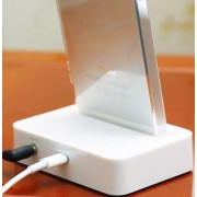 док станция для iPhone 5 (5, 5c, 5s) с аудио выходом (aux)